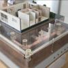 水の流れる様子を可視化した建築模型